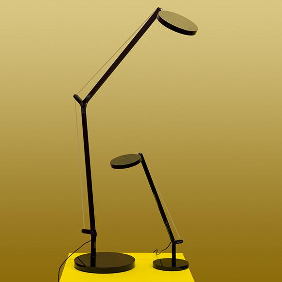 Demetra d'artemide est une lampe de bureau led